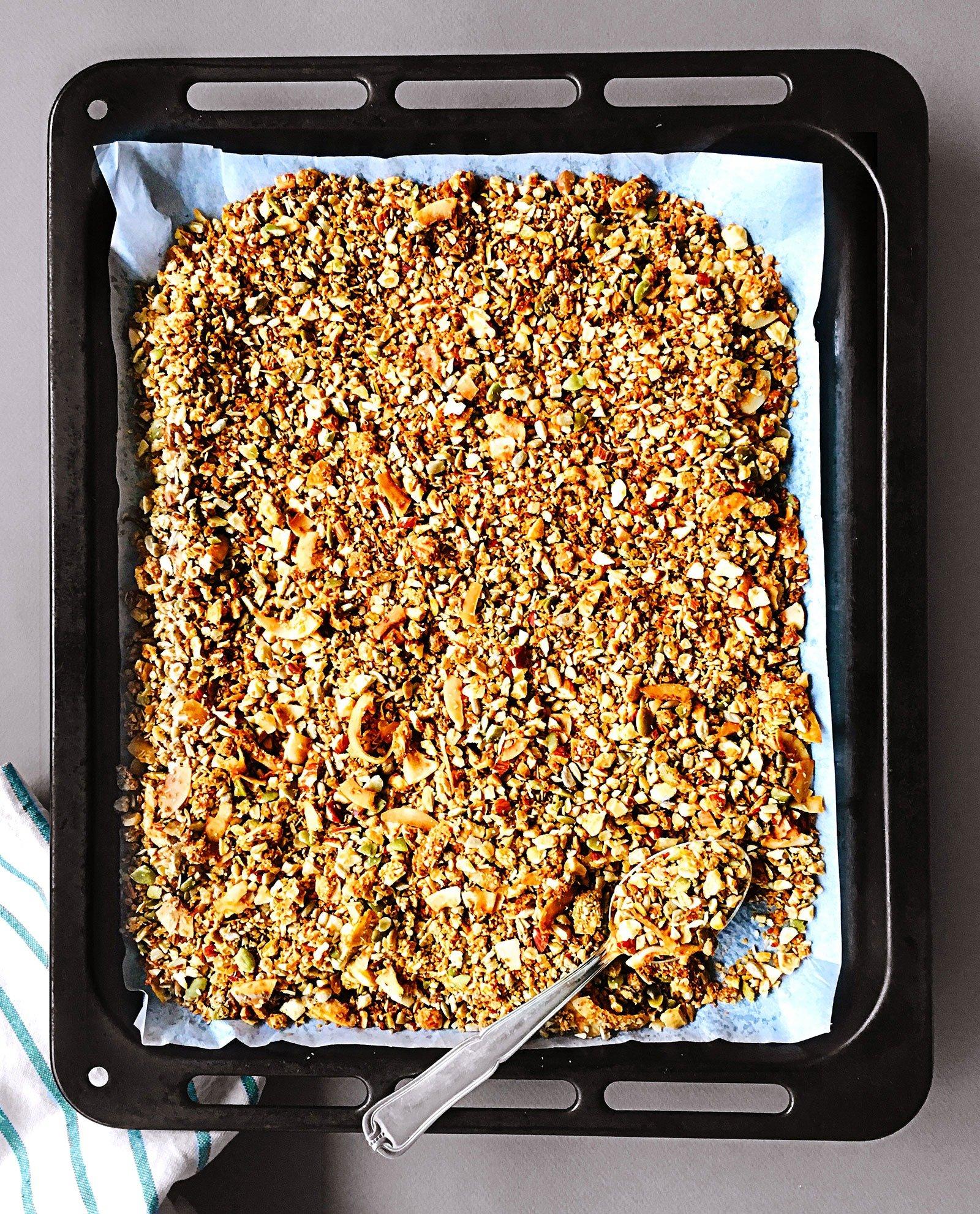 subtly-spiced-super-crunchy-orange-tahini-and-cashew-granola